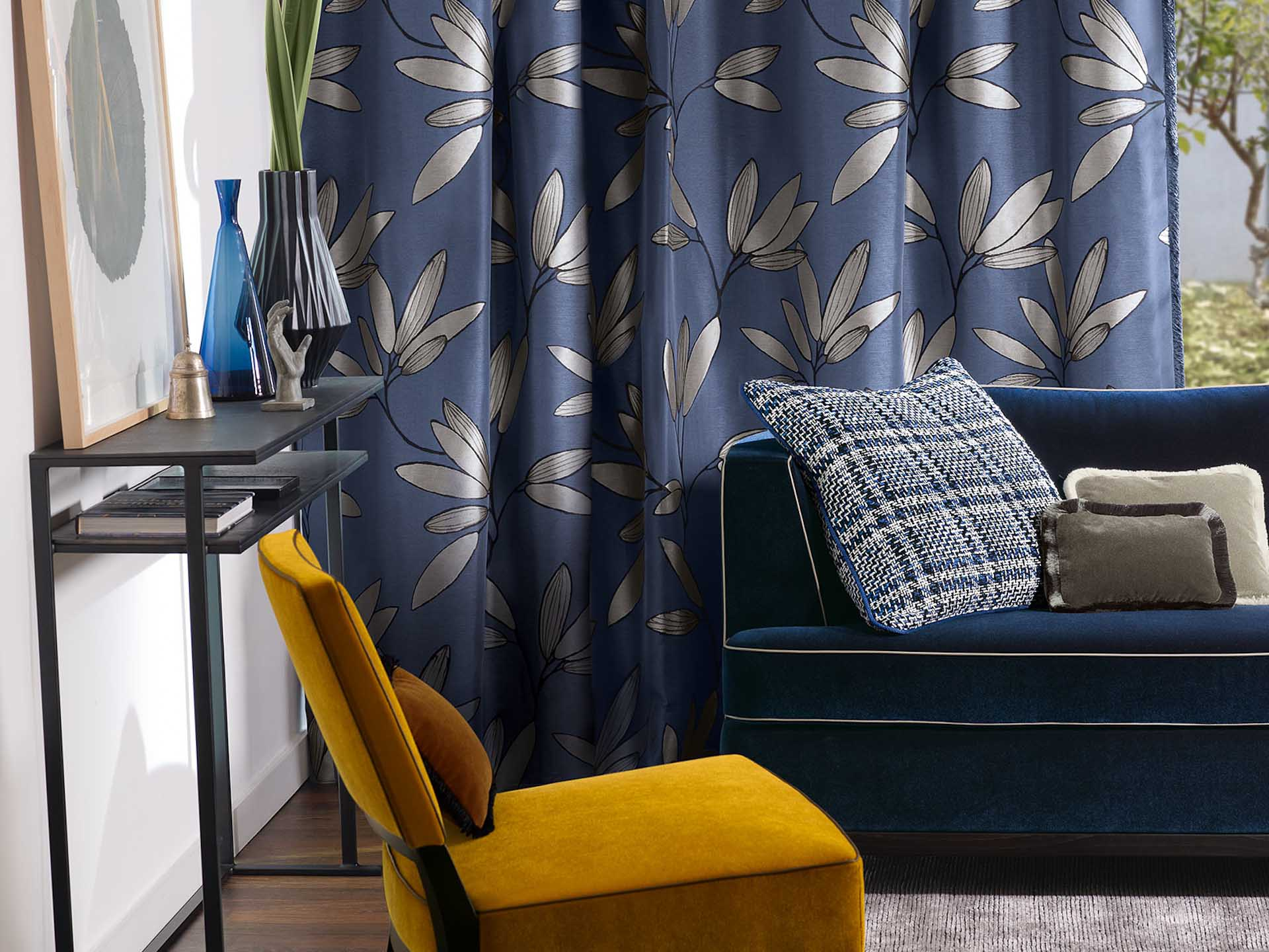 chez soi luxembourg rideaux voilages stores bateaux. Black Bedroom Furniture Sets. Home Design Ideas